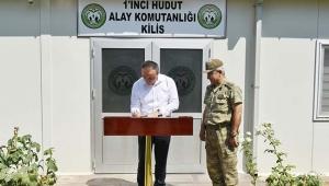 Vali Soytürk 1'inci Hudut Alay Komutanlığını Ziyaret Etti