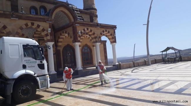 Kilis'te Camiler İlaçlandı