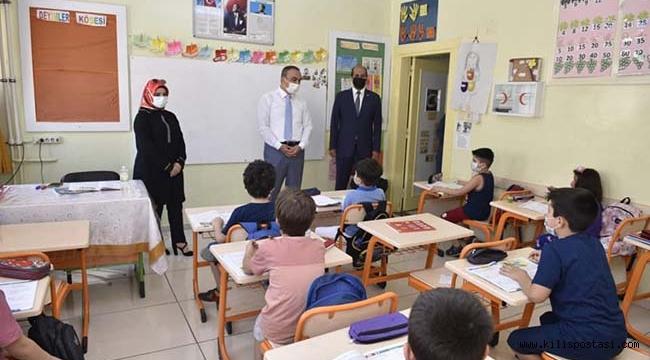 Vali Soytürk Özel Meltem Okulunu Ziyaret Etti