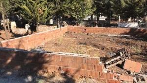 Hırsızlar Mezarlığa Dadandı